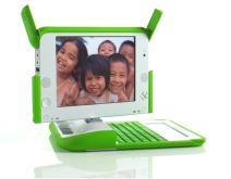 olpc_green_and_white_machine.jpg